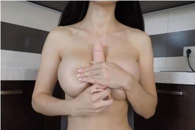 Tini szexvideók - nagy mellek szex